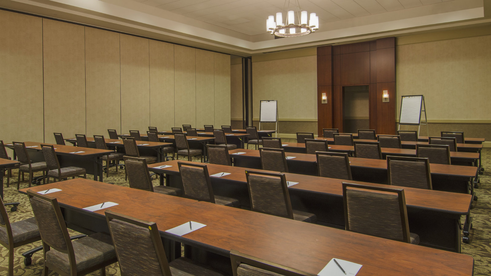 Meeting Space Near BWI Airport | Salon Breakout Room