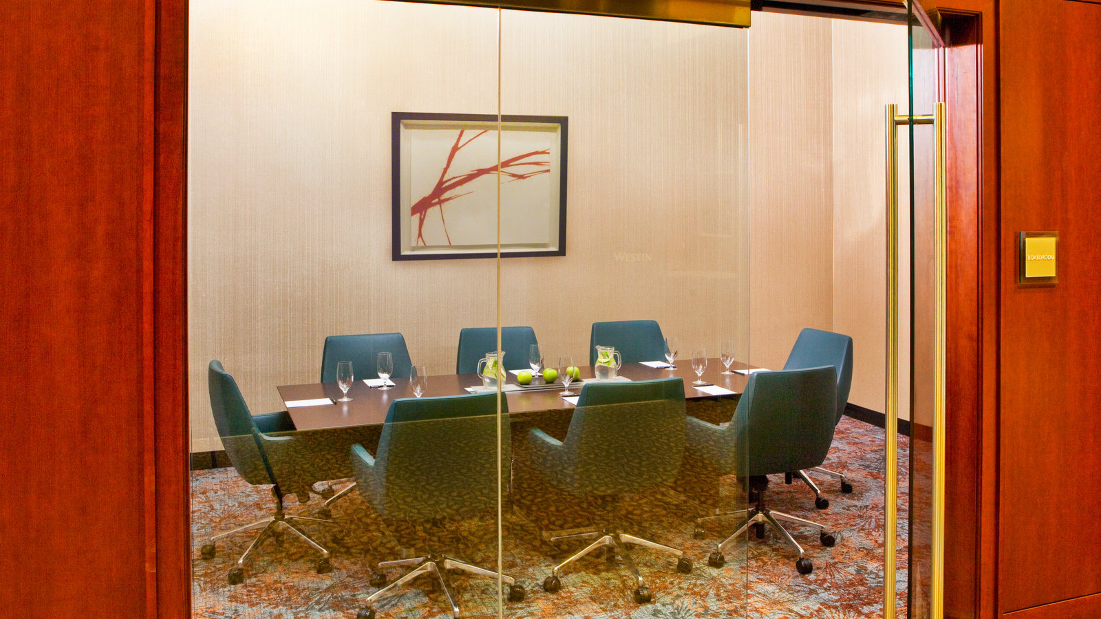 Meeting Space Near BWI Airport | BWI Boardroom